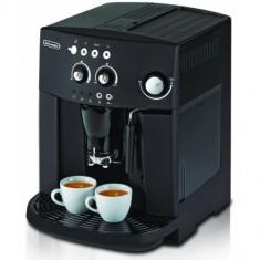 Espressor DeLonghi Magnifica ESAM 4000B, 1.8L, 15 bari, 1450 W - Espressor automat