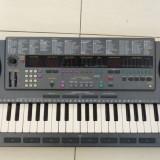 Orga YAMAHA PSS-795