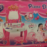 Masa frumusete/Piano Dresser