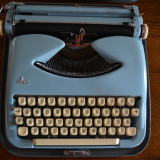 Masina de scris deosebita