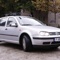 Golf 4 1.6 SR inmatriculat bulgaria, An Fabricatie: 1999, Benzina, 205000 km, 1600 cmc