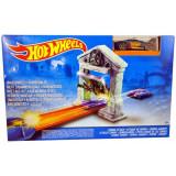 Jucarie Pista Hot Wheels Atacul Zombilor DJF03 Mattel