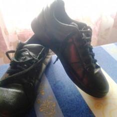 Pantofi sport/adidasi originali