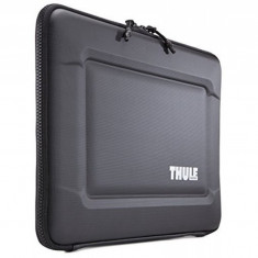Husa Thule Gauntlet 3.0 pentru MacBook Pro Retina 13'', TGSE2253K - Husa laptop