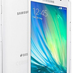 Samsung Galaxy A3 Duos 2016 White pearl Nou cutie 16 Gb - Telefon Samsung, Neblocat, Dual SIM, 1.5 GB