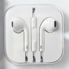 Casti iphone 4/4s/5/5s/6 - sigilate - Casti Telefon Apple, Alb