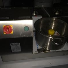 Masina taiat legume, ceapa, humus