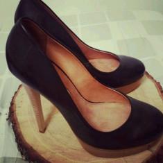 Vand pantofi NOI, din piele NATURALA, marca Buffalo - Pantof dama Buffalo, Marime: 40, Culoare: Negru