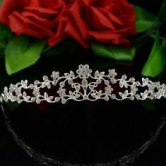 Diadema / tiara mireasa cu flori din cristale tip Swarovski - Coronita