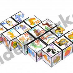 Set 15 cuburi educative cu litere cifre simboluri si imagini - Jucarie pentru patut