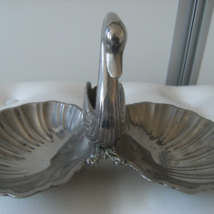 Superba scrumiera/bomboniera alama argintata veche, grea, 2 brate, de colectie., Ornamentale