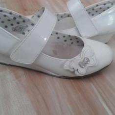 Pantofi fete, cu toc, foarte elegante, achizitionate de la HUMANIC - Pantofi copii, Culoare: Alb, Marime: 29