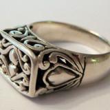 Inel din argint lucrat manual perforat cu model vegetal