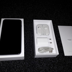 iPhone 6 Plus Apple 64GB Gri, Neblocat